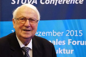 "<div class=""bildtext_en"">Dr. Rolf Bielecki died in April 2017 at the age of 85. German engineering has thus lost one of its most incisive and internationally regarded personalities of recent decades</div>"