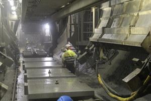 "<div class=""bildtext_en""><span class=""bildunterschrift_hervorgehoben"">4</span>Site visit in the Ulriken Tunnel</div>"
