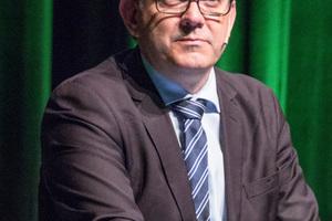 "<div class=""bildtext_en""><span class=""bildunterschrift_hervorgehoben"">9</span>Tom-Christer Nilsen, undersecretary in the Ministry of Transport, dealt with the importance of tunnelling for Norway</div>"