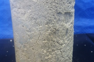 "<div class=""bildtext_en""><strong>4</strong>	Crack formation in test sample 3 after six weeks in flowing sulphate water (Test 2)</div>"