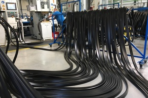 "<div class=""bildtext_en""><strong>5</strong>	Sealing gasket production for the Albvorland Tunnel at CTS Cordes</div>"