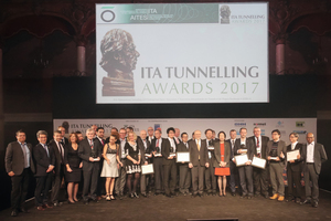 """<div class=""""bildtext_en"""">Winners of the ITA Awards in eight categories with Young Tunneller of the Year 2017 and recipient of the Lifetime Achievement Award as well as jurors at the ITA Award Conference in the Palais des Congrès</div>"""