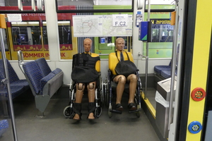 "<div class=""bildtext_en"">Road test with dummies in a tram</div>"
