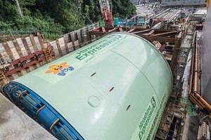 """<div class=""""bildtext_en"""">The Robbins TBM for the Hiroshima Expressway Line 5 project launched on September 18, 2018</div>"""