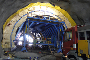 1Compressed air vibrators from Mooser Schwingungstechnik were applied for compacting the concrete when producing the inner shell of the Bjørnegård Tunnel