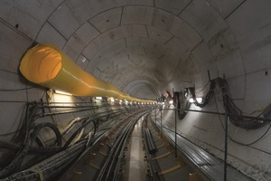 """<div class=""""bildtext"""">The Stamford Diversion Canal consists of two twin tunnels, each about 1000 m in length. A special challenge for the site crew was the 180 m curve radius</div>"""