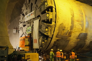 "<div class=""bildtext"">Tunnel boring machine ""SUSE"" on the way to the fourth drive in the Fílder Tunnel</div>"