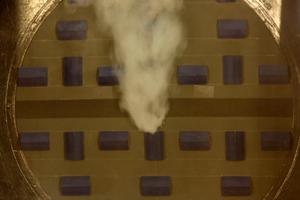"""<div class=""""bildtext_en"""">Verteilung der Rauchgasmassenströme aufgrund unterschiedlicher Drucksituationen – vorstädtische Bebauung</div>"""