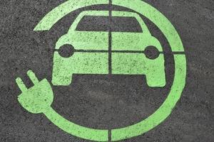 """<div class=""""bildtext"""">Elektrofahrzeuge sollen zukünftig Schallzeichen abgeben um sicherer zu werden</div>"""
