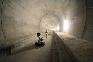 """<div class=""""bildtext_en"""">3Data acquisition in the Ceneri Base Tunnel by kinematic laser scanning</div>"""
