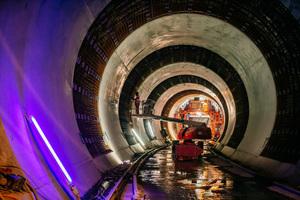 "<span class=""bildunterschrift_hervorgehoben"">2</span>Construction of the inner lining in the Bad Cannstatt Tunnel"