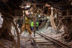 More than one third (36%) of currently standing TBM world records have been achieved using rebuilt machines. The Robbins TBM currently boring Indiana's DigIndy Tunnels was originally built in 1980. It achieved three world records in its size class for best day, best week, and best month<br />