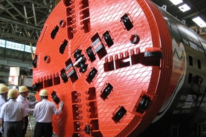 A 4300 mm diameter cutting wheel manufactured by Mika, mounted on the TBM <br />