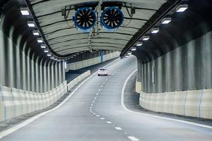 Auch im Belüftungssystem der Stockholmer Stadtautobahn Nora Länken kommen Frequenzumrichter von ABB zum Einsatz