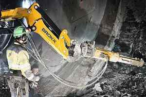 C 20 rock splitters are also suitable for driving cross passages in tunnel construction. They can work in any position within the working radius, including overhead <br />