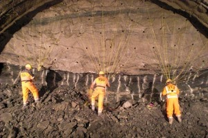 6 Preparing for part blasting (mixed-face excavation) in the main tunnel. The division between Stuben sandstone and upper coloured marl is easily discernible