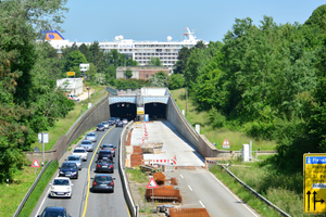 "<div class=""bildtext_en"">The Rendsburg Canal Tunnel has been in the process of being renovated since mid-2011, with the entire tunnel drainage system being renovated</div>"