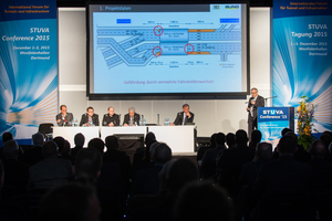 """<div class=""""bildtext_en"""">7) The new tunnel operation segment was well attended. The photo shows Undersecretary Karl Goj from the Supreme Building Authority in the Bavarian Ministry of the Interior 