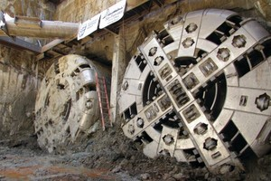 """<div class=""""bildtext_en"""">Two mixed ground Robbins EPBs and continuous conveyor systems completed tunneling at the San Francisco Central Subway. The last of the two breakthroughs occurred on June 11, 2014</div>"""