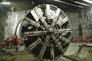 6On May 21, 2010, a 10.2 m diameter EPB broke through into the first cut and cover station of the Mexico City Metro's Line 12<br /><br />