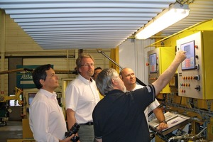 8 Explaining the latest grouting technology: specialists from Atlas Copco Craelius at the Marsta factory near Stockholm