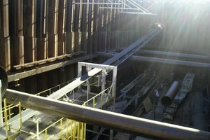 2 The conveyor system was assembled for an initial 610 m long tunnel, then disassembled and transported in 3 days for a second section of the same length<br />