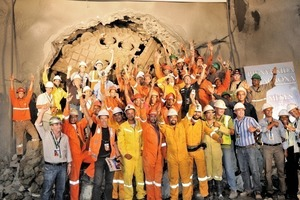Towards the light: After 584 days in the dark, the miners are celebrating the breakthrough