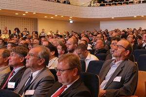 "<div class=""bildtext_en"">About 800 participants followed the high-quality lecture programme of the Swiss Tunnel Congress 2015. In 2016, the event will be held again from 15 to 17 June 