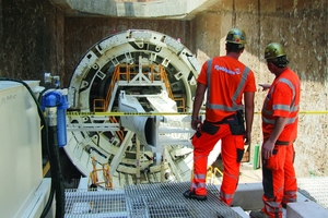 "<div class=""bildtext_en"">Robbins Field Service personnel oversaw the Onsite First Time Assembly of the Crossover TBM, which was completed in about 12 weeks 