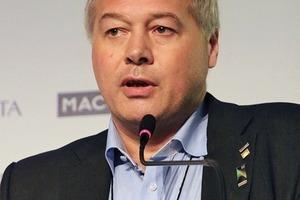 "<div class=""bildtext_en"">Frode M. Nilsen on combining tunnelling technology with mining technics</div>"