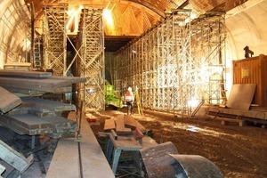 """<div class=""""bildunterschrift_en"""">Formwork and scaffolding in the Pörzberg Tunnel</div>"""