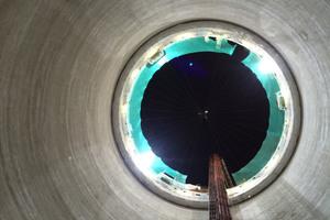 """<div class=""""bildtext"""">Stahlfaserverstärkte Innenschale des Hauptzugangs- und Pumpenschachts im Lee-Tunnel</div>"""