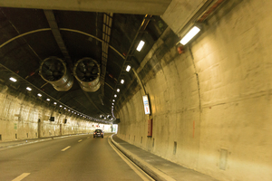 "<div class=""bildtext_en"">The FEDRO has invested 128 million Swiss francs since 2008 to increase safety in the Belchen Tunnel on the A2 motorway </div>"