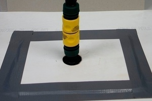 """<div class=""""bildtext_en"""">Connecting the test and injection system</div>"""