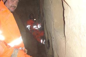 """<div class=""""bildtext_en"""">Martin Ziegler visiting the face of the Katzenberg Tunnel</div>"""