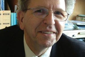 2Dr.-Ing. Helmut Grossmann verabschiedete sich mit 65 Jahren in den wohlverdienten Ruhestand<br />