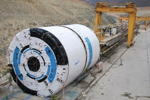 The TBM came equipped with 20-inch back-loading disc cutters for hard rock conditions, and a 360 degree probe drill<br />