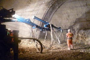 "<div class=""bildtext_en"">	Application of shotcrete by the wet-mix process on the Stuttgart–Ulm rail project </div>"