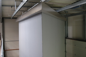 "<div class=""bildtext_en"">	Functional extensible smoke curtain without guide rail</div>"