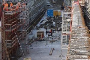 "<div class=""bildtext_en"">Construction pit for the Eppenberg Tunnel portal at Wöschnau </div>"