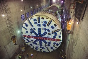 6The 12.43 m diameter Robbins Main Beam at China's Jinping-II project was launched in October 2008<br />
