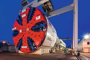 "<div class=""bildtext_en"">EPB shield with 13.6 m diameter for ""Istanbul Strait Road Tube Crossing Project""</div>"