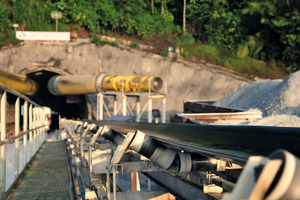 Three continuous conveyor systems are operating simultaneously behind each TBM, averaging 92 % availability