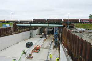 "<div class=""bildtext_en"">East ramp structure with launching shaft in construction state </div>"