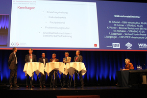 """<div class=""""bildtext_en"""">Panel debate following the session on the topic of mechanical excavations – expectations and reality</div>"""