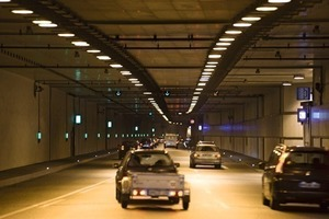 Urban/motorway tunnel below the takeoff and touchdown runways at Tegel Airport (view into 1 of the 2 tubes)<br />