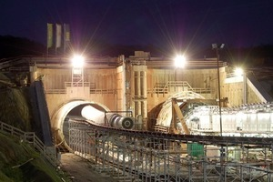 Starting pit with Tunnel North and TBM assembly in front of Tunnel South<br />
