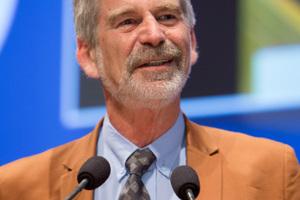 """<div class=""""bildtext_en"""">Prof. Wulf Schubert hosted the Colloquium</div>"""