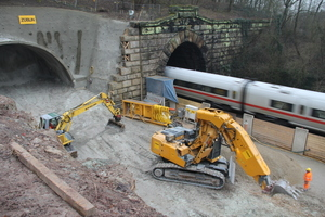 "<div class=""bildtext_en"">Construction works at the north portal of the Burgberg Tunnel </div>"