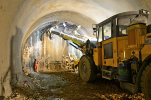 "<div class=""bildtext_en"">The complete construction of the Steinbühl Tunnel is being carried out by the cyclical shotcrete method. The breakthrough is scheduled for autumn 2015, six months earlier than originally planned</div>"